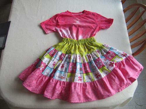 charlies-tshirt-and-twirly-skirt